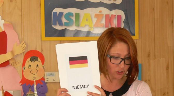 Książka – книга – Buch – book