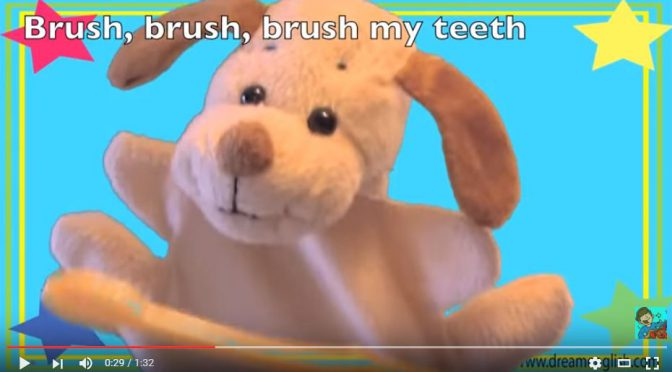 Krasnale – brush my teeth