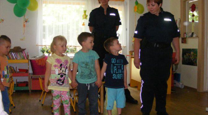 Policja odwiedza maluchy