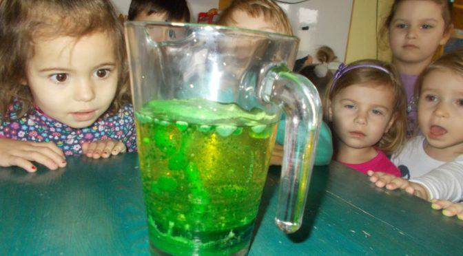 Biedronki eksperymentują z wodą