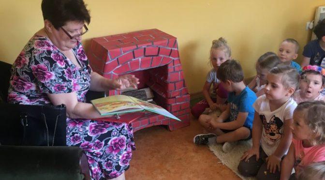 Biedronki czytają wierszyki